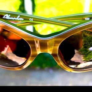 Oakley Abandon Brown /Green Frames Amber Lenses